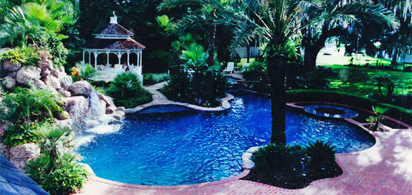 Reed's Swimming Pools, About Us Header